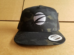 Z Logo Snapback Hat: Black Camo