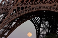 Moonrise and the Eiffel Tower.
