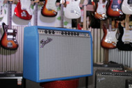 Fender Limited Edition '68 Deluxe Reverb - Electric Blue