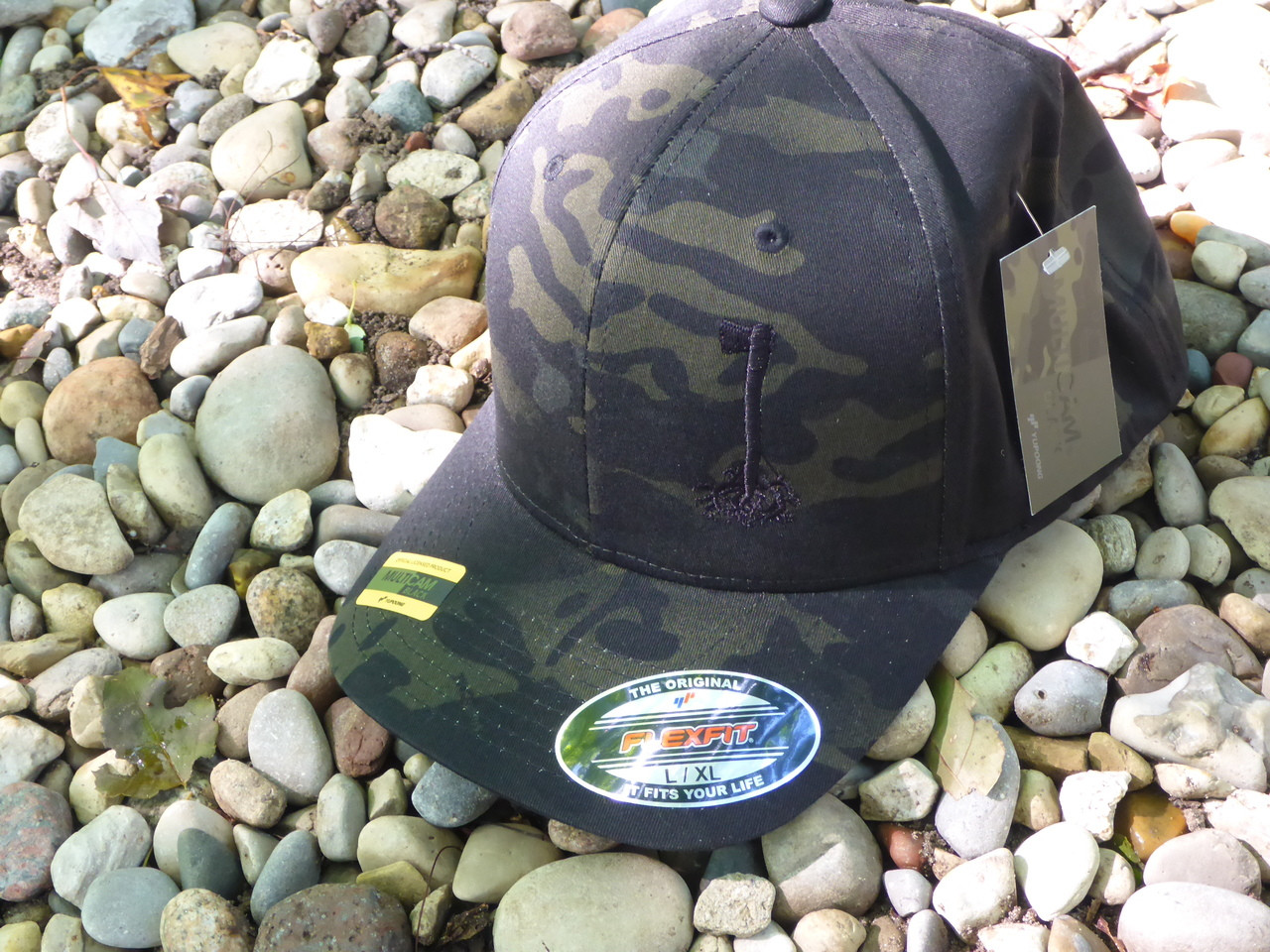 f33ec03b33896 Bush Roots Flexfit Hat Black Multicam L XL - Bens Outdoor Products