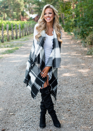 All In The Past Plaid Long Vest Black/White