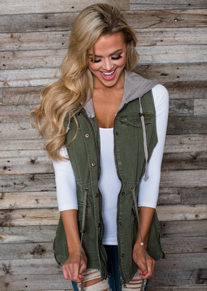 Best Days On Earth Hooded Cargo Vest Olive