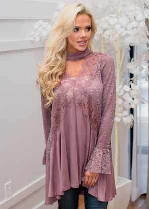 Can't Let This Moment End Lace Pleated Knit Choker Tunic Mauve