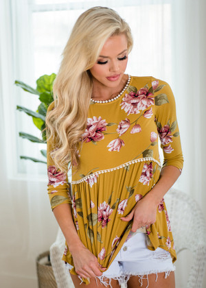 Beautiful Floral Print 3/4 Sleeve Crochet Trim Top Mustard