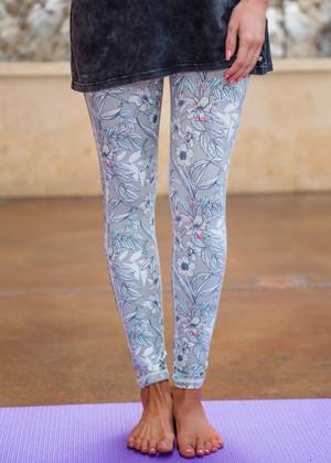Made Me Who I Am Floral Print Capri Leggings Gray