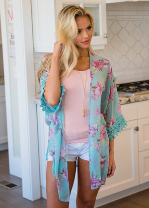 Splendid Sheer Floral Lace Trim Kimono Mint