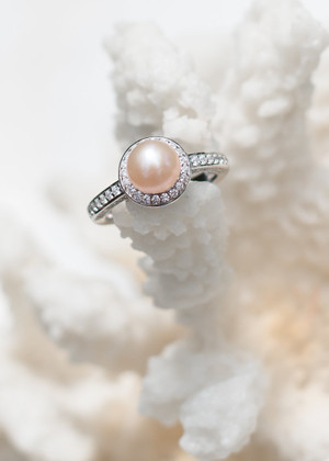 Wedding Bells Sterling Silver Ring - LIVE PEARL OPENING