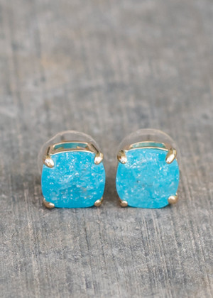 Beautiful Aqua Stoned Square Studs