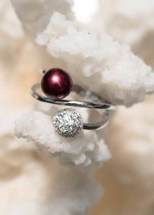 Exquisite Beauty Sterling Silver Ring - LIVE PEARL OPENING