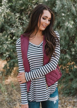 Chilly Day Quilted Zip Up Vest Burgundy