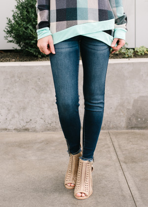 The Winning Ticket Plain Medium Wash Skinny Jeans