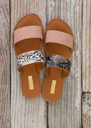 Walk On The Beach Sandal Snake Print