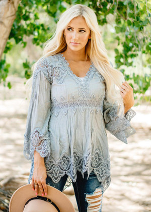 Butterfly Crochet Lace Scalloped Detail Top Gray