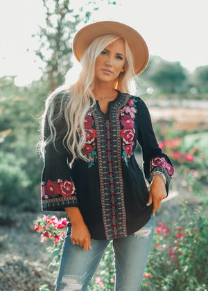 Relaxed Fit Embroidered Flowy Top Black
