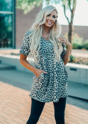 Cute Little Leopard Short Sleeve Pocket Dress Taupe