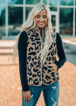 Amazing Sherpa Leopard Vest Mocha