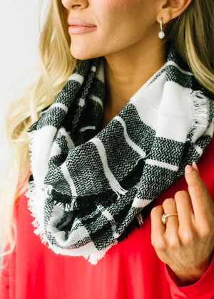 Buffalo Checkered Infinity Scarf Black and White