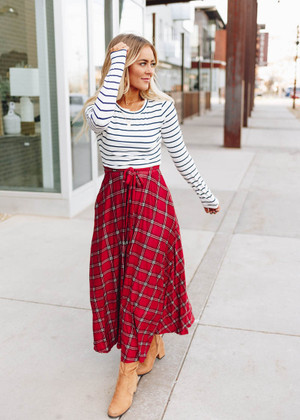 Hearts In Love Striped Plaid Tie Midi Dress Red