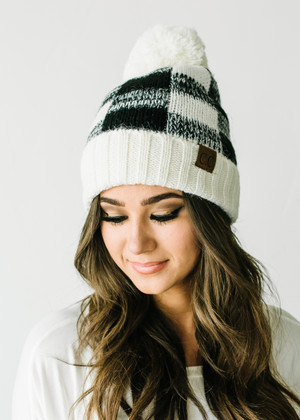 Buffalo Plaid Checkered Pom Pom Beanie Black/White