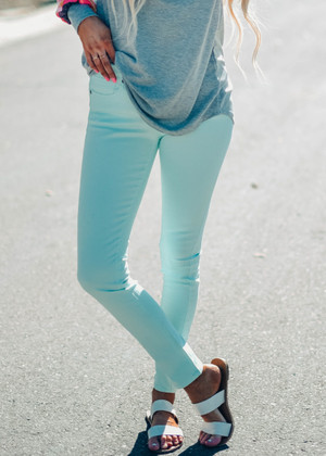 Place In The Sun Mint Pants