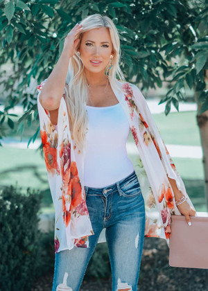 Light In The Darkness Floral Kimono Ivory