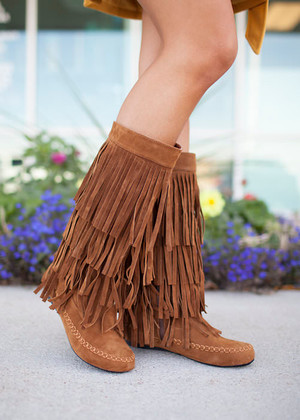 Fringe Moccasin Boots Tan/Rust