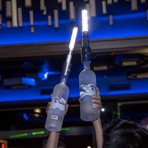 Led_bottle_batons_silver_kingofsparklers