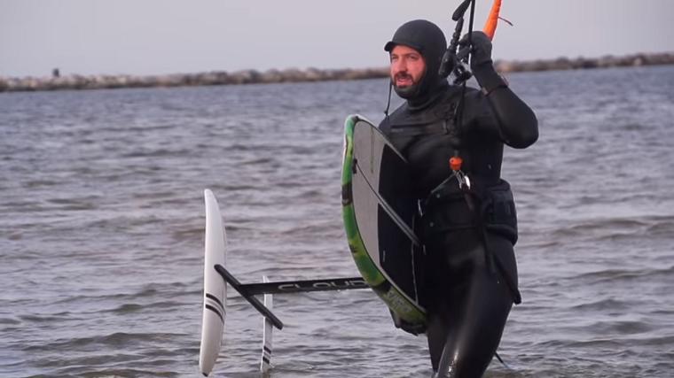 Tucker Vantol - Naish Hover 112 + Thrust Surf L Full Review