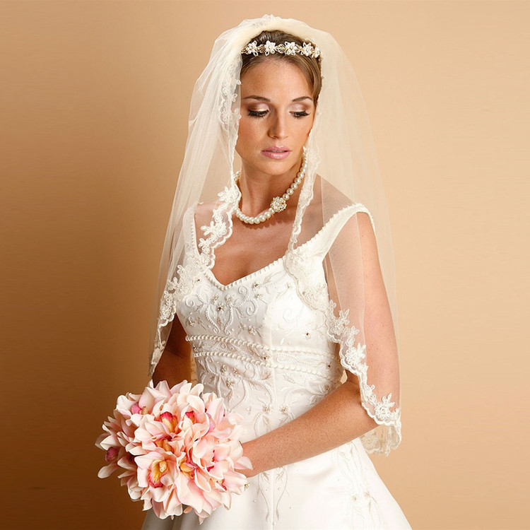 Lace Embroidered Mantilla Wedding Veil