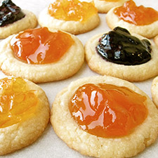 Shortbread Cookies with Really Good fruit spreads