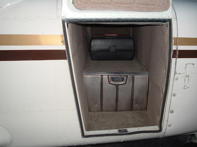 Door Seal, Forward Baggage - Fuselage Mount SELF ADHESIVE, Piper PA-32,  PA-34, ADS-50005