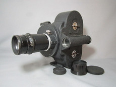 Hand Crank Bell & Howell Eyemo 35mm Movie Camera + 100mm Ilex Lens