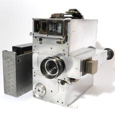Newman Sinclair 35mm Movie Camera (No 718)