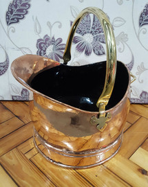 Copper scuttle (large)