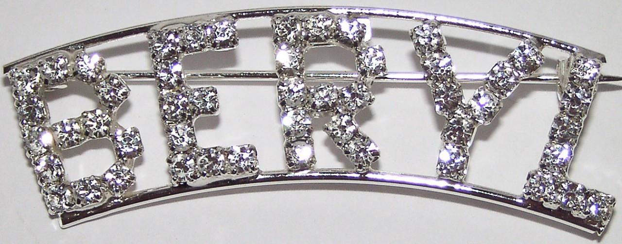 Detti Originals Personalized Rhinestone Leah Name//Magnet Back