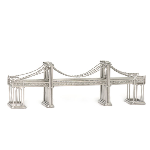 Brooklyn Bridge statue model made of steel wire