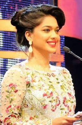 Desi Celebrity Inspired Dresses Riyadh