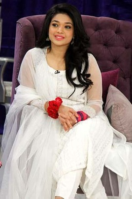 Desi Celebrity Inspired Dresses Mirpuri