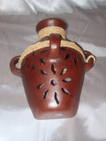 HMB-44A Wall Vase Brown with Braid Filigree