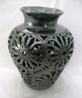 DR-52B Shoulder Vase Filigree Small