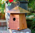 CRAFTSMAN STYLE BIRD BUNGALOW - BIRD HOUSE