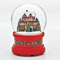 """OLDE WORLD CHRISTMAS MARKET"" MUSICAL SNOW GLOBE"
