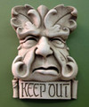 "GARDEN PLAQUES & SIGNS - ""KEEP OUT"" GREEN MAN STONE WALL SCULPTURE - AGED STONE FINISH"