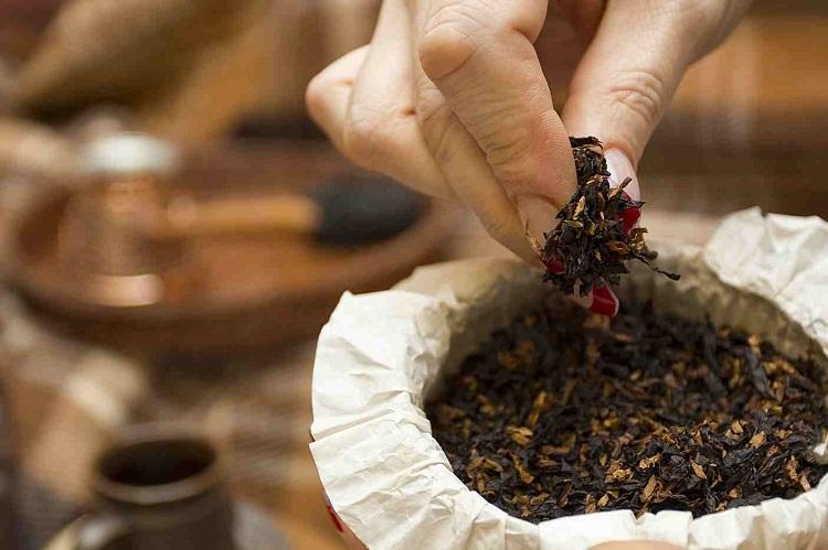 Restoring Pipe Tobacco