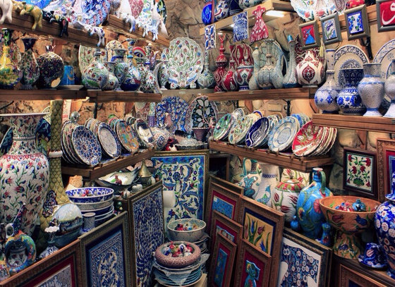 Turkish Decor Items To Enhance The Beauty And Comfort Of