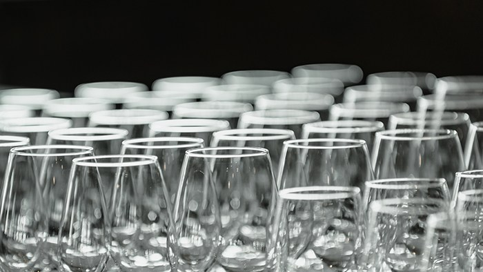 wholesale wine glasses