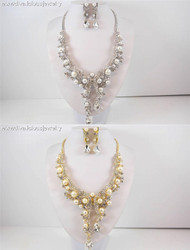 Opulent Pearl and Crystal Collar Necklace Set