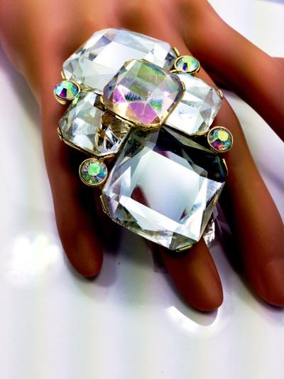 Clear/AB Crystal Gold Tone