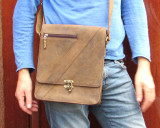Compact Messenger Bag Hunter Leather Unisex