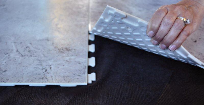 naturalstone-silver-travertine-tabview.jpg